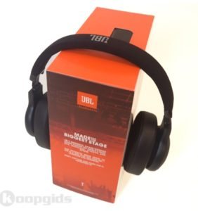 Jbl E55bt Bluetooth Headphones Review 01