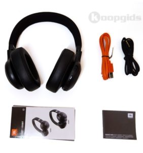 Jbl E55bt Bluetooth Headphones Review 03